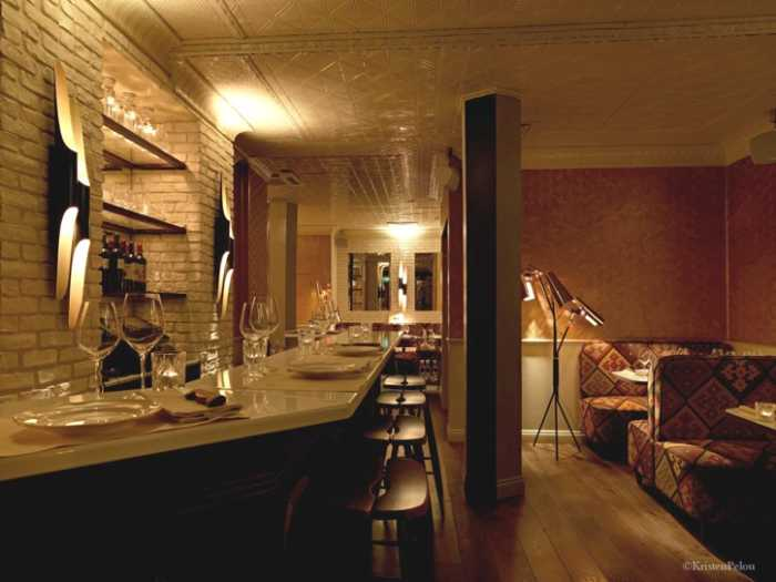 This is a second picture of the interior of the BeefClub, which is a great restaurant in Paris.