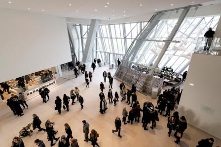 This is a picture of the inside of the fondation Louis Vuitton at Paris.