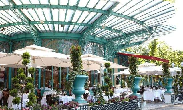 This is a picture of the terrace of La Grande Cascade, a restaurant in paris.