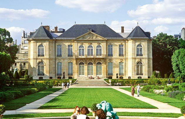 The is a picture of the exterior of the musée Rodin at Paris.
