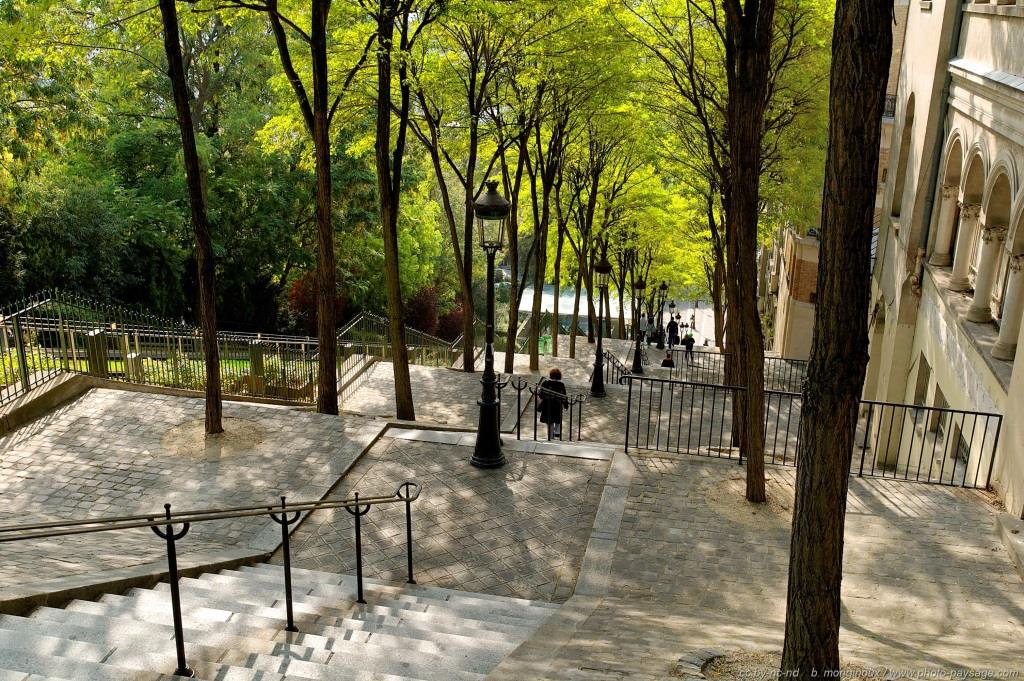 Butte montmartre stairs