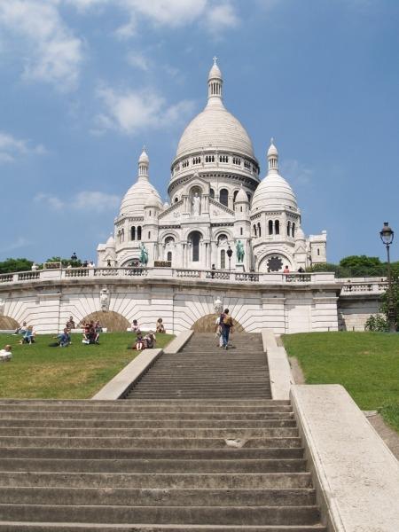 butte montmartre and sacre coeur in Paris