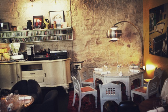 Derriere indoor paris hidden