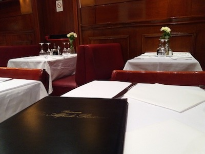 Picture of a great restaurant in Paris.