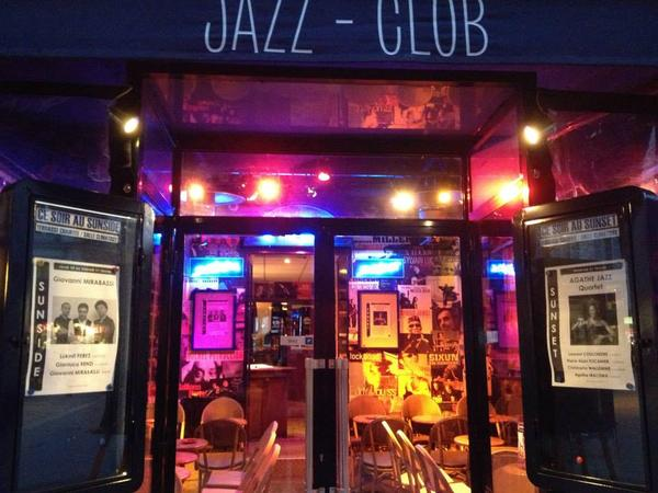 Picture of a nice things to do in Paris : a jazz club rue des Lombards !