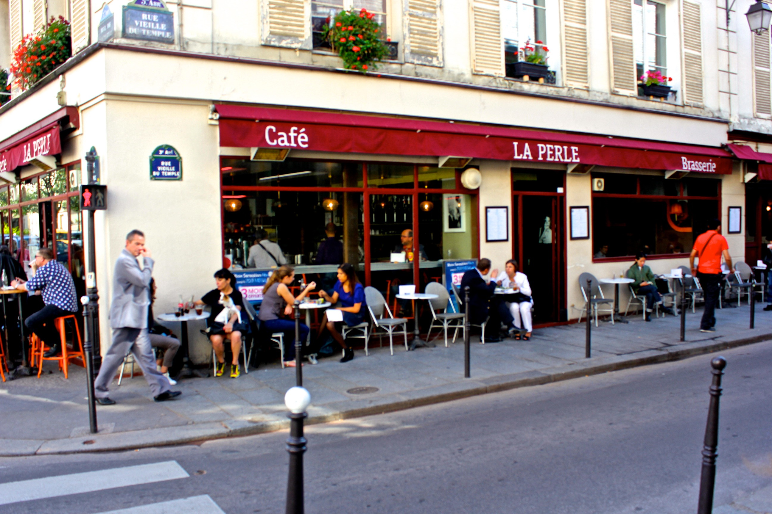 cafe la perle paris best